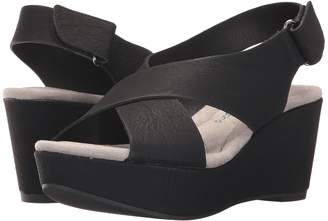 Chinese Laundry DL Daydream Wedge Sandal Women's Sandals