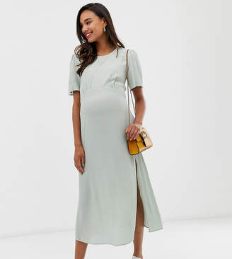 New Look Maternity puff sleeve dress in mint