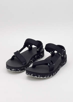 Teva Midform Universal Glow In The Dark Sandal | Wildfang - Midform Universal Glow Sandal - BLACK - 6