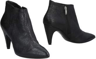 Janet & Janet Ankle boots - Item 11492824MP