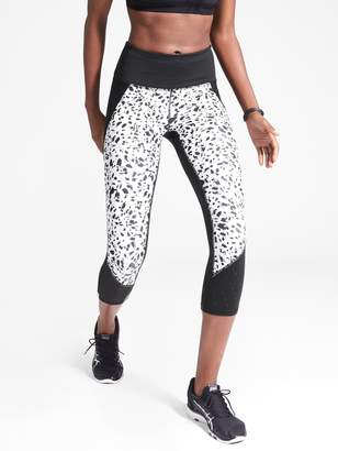 Athleta Printed Stealth TruCool Capri