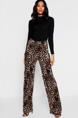 boohoo Leopard Print Pleated Wide Leg Trouser