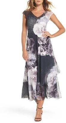 Women's Komarov Floral V-Neck A-Line Dress $318 thestylecure.com