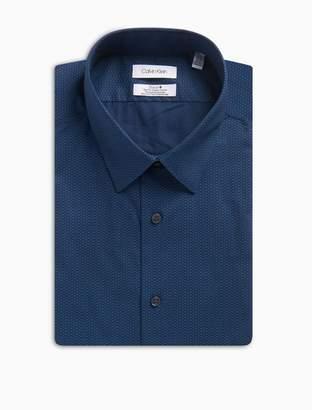 Calvin Klein Slim Fit Blue Dash Print Performance Non-Iron Dress Shirt