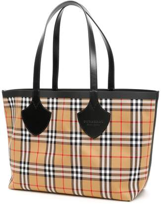 2c395c02226b Burberry The Giant Reversible Tote Bag