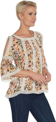 Du Jour Floral Printed Split Sleeve Top with Lace Detail
