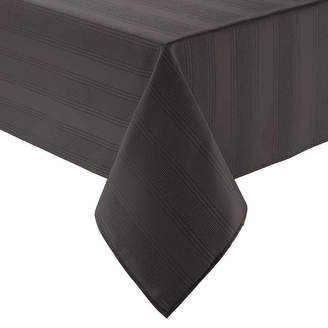 ... ARLEE Arlee Encore 52 Square Tablecloth