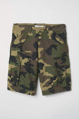 H&M Cotton Twill Cargo Shorts - Green