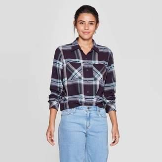 Universal Thread Women's Plaid Long Sleeve Cotton Flannel Shirt - Universal ThreadTM Navy