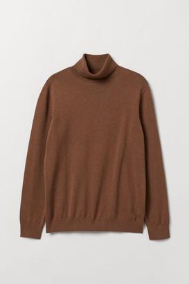 H&M Fine-knit polo-neck jumper - Beige