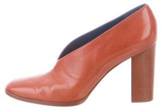 Celine V-Neck 90 Leather Pumps