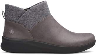 Clarks Cloudsteppers By Sillian 2.0 Dusk Ankle Boots