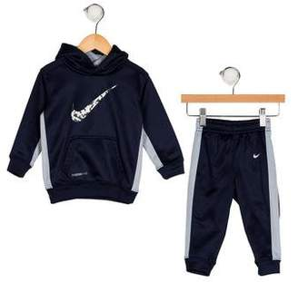 Nike Boys' Two-Piece Set