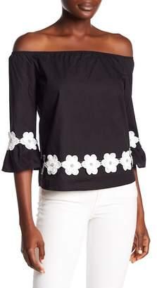 Romeo & Juliet Couture Floral Applique Off-the-Shoulder Blouse
