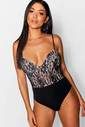 boohoo Bella Contrast Lace Structured Body