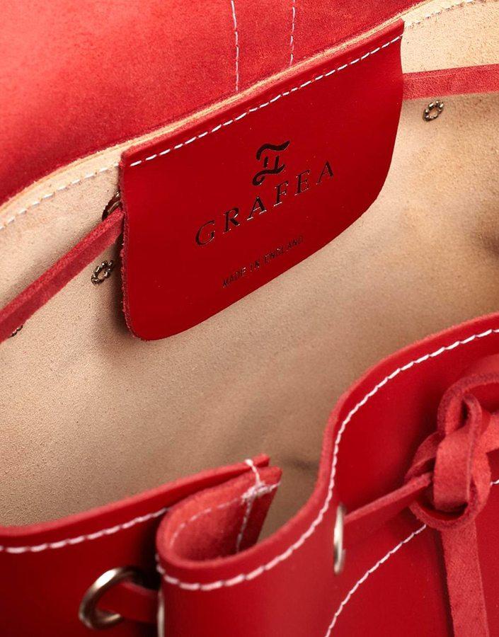 Hari Grafea Backpack in Red