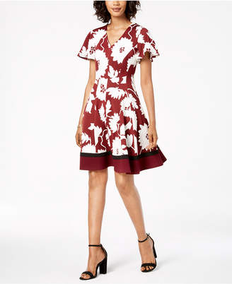 Robbie Bee Petite Floral Fit & Flare Dress