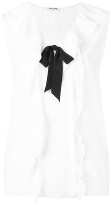 contrast bow top