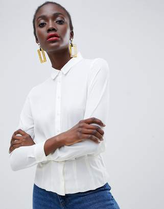 Warehouse tuck hem blouse in white