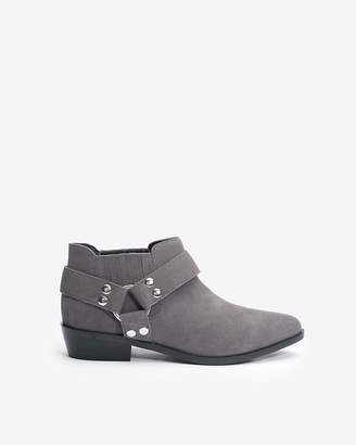 Express Jane And The Shoe Lindsey Booties