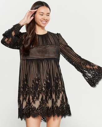 BCBGMAXAZRIA Luann Lace Shift Dress