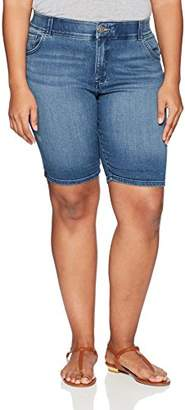 Lee Women's Plus-Size Midrise Total Freedom Cocoa Rolled Bermuda Short