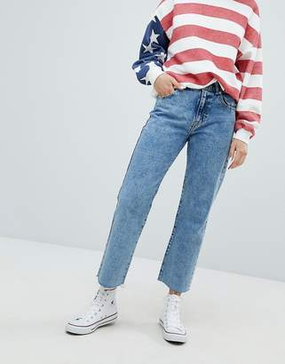 Pull&Bear Straight Leg Jean Cropped With Frayed Hem