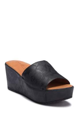 Kenneth Cole Gentle Souls by Forella Wedge Sandal