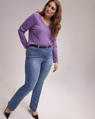 Petite Slightly Curvy Bootcut Jean with Back Pocket Embroidery - d/C JEANS
