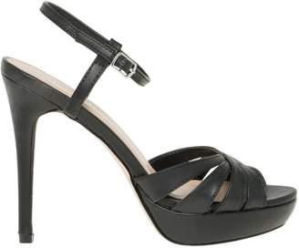 Le Château Women's Ankle Strap Platform Sandal