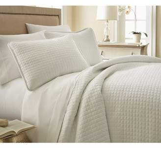 Laurel Foundry Modern Farmhouse Shana Quilt Set