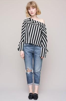 Women's Topshop Hayden Busted Knee Boyfriend Jeans $90 thestylecure.com