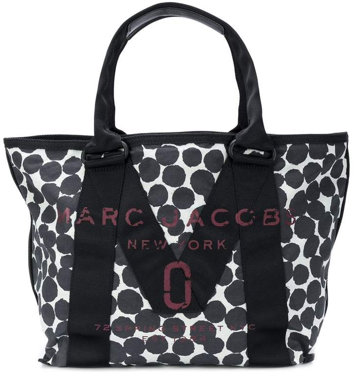 Marc Jacobs logo tote bag
