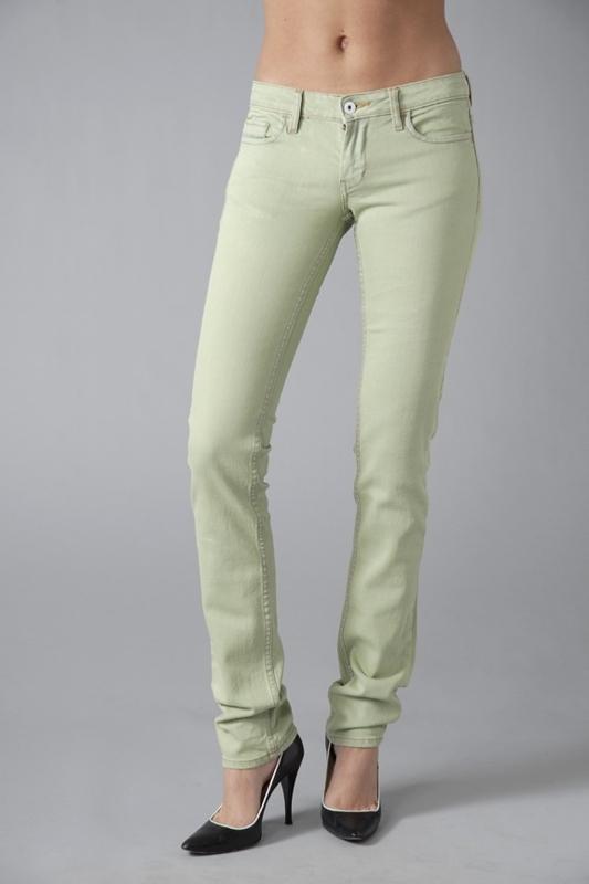 Good Society Slim Leg Jeans in Jeannette