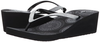Reef - Krystal Stars Prints Women's Sandals $34 thestylecure.com