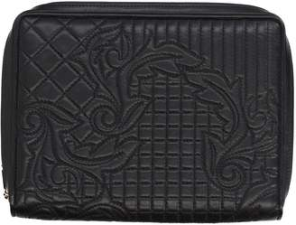 Gianni Versace Covers & Cases