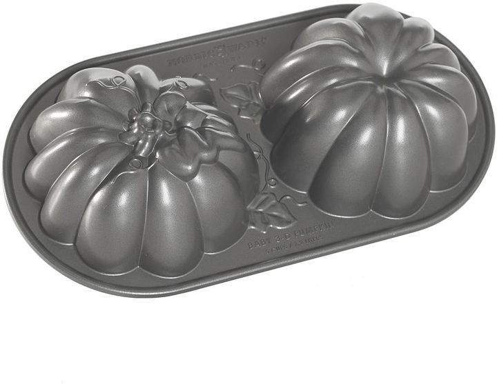 Nordicware 3D Pumpkin Duet Cake Pan