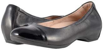 Dansko Lisanne Women's Flat Shoes