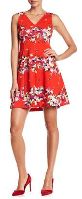 Julia Jordan Floral Print V-Neck Dress