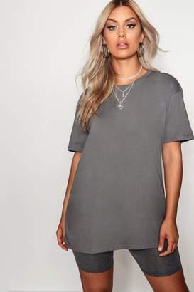boohoo Plus Oversized Boyfriend T-Shirt