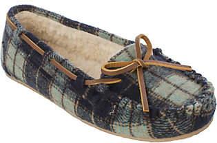 Minnetonka Plaid Flannel Pile Lined Slipper - P