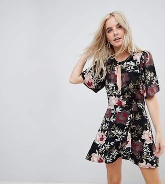 boohoo Petite Keyhole Detail Floral Dress