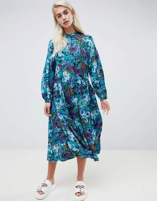 Moss Copenhagen midi smock dress with button front in bloom floral print