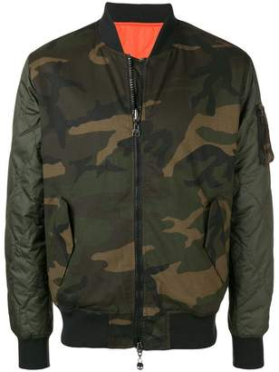 Hydrogen camouflage bomber jacket