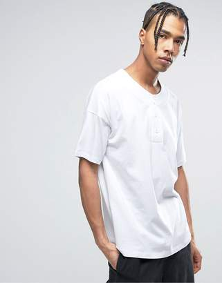 styling/ ASOS DESIGN ASOS Oversized T-Shirt With Baseball Styling In White