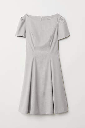 H&M Puff-sleeved Dress - Gray
