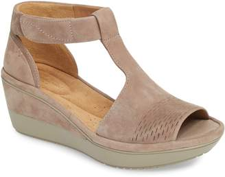 Clarks R) Wynnmere Avah T-Strap Wedge Sandal