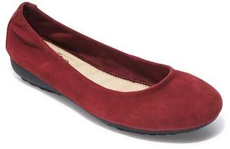 Me Too Janell Sliver Wedge Flat