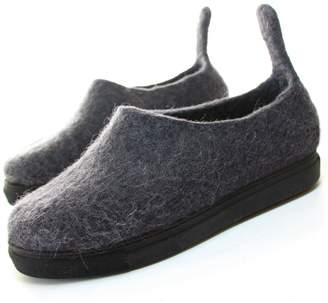 "Felt Forma Women's Organic Wool Tail Moccasins ""Black Cat"""