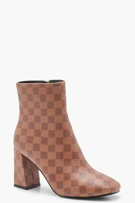 boohoo Contrast Check Zip Back Flare Heel Shoe Boots